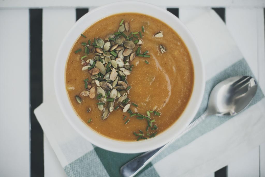 zupa marchewkowa z miso