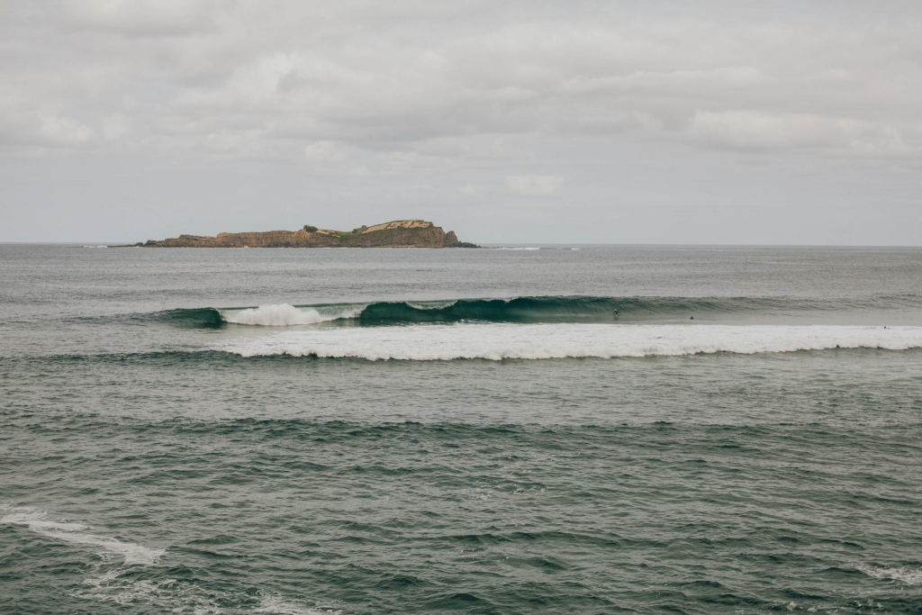 mundaka surfing