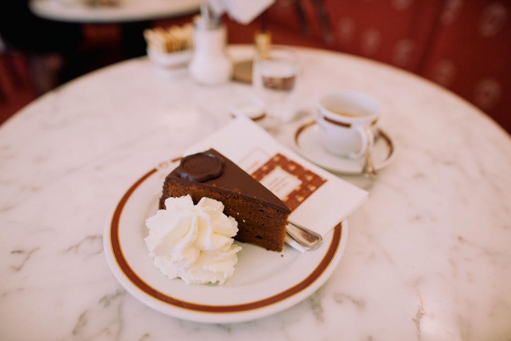 Wiedeń atrakcje – Cafe Sacher